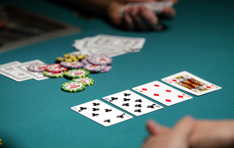 Poker Online Uang Asli - Game Texas Poker Online Di Seluruh Dunia